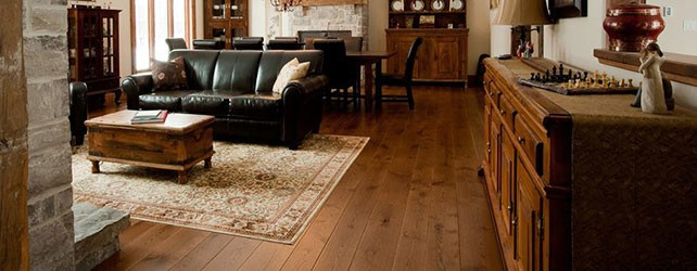 living-room-engineered-flooring-642x250